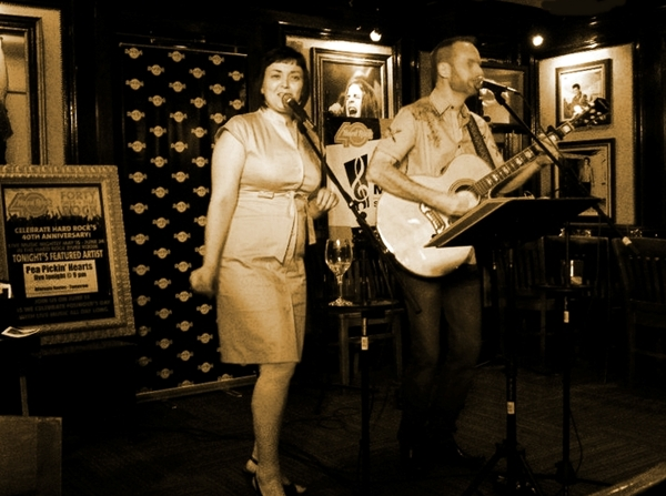 The Pea Pickin' Hearts in Hard Rock Gatlinburg's Whiskey River Room!