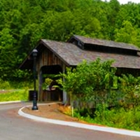 Come see the Pea Pickin' Hearts at the Covered Bridge at the Glades in Gatlinburg!