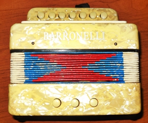 Barronelli Button Accordian 2