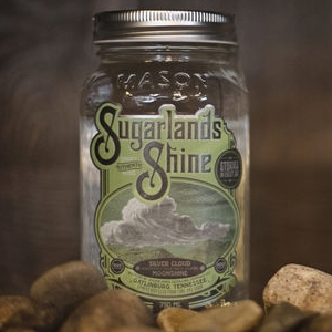 Come see the Pea Pickin' Hearts at the Sugarlands Distilling Co!