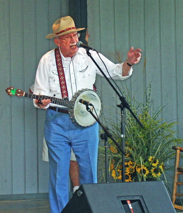 Hear the Pea Pickin' Hearts at the Papa Joe Smiddy Mountain Music Festival!